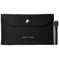 Marc Jacobs-Packaging and Brush