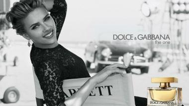 La campagna stampa di D&G The One, protagonista Scarlett Johansson