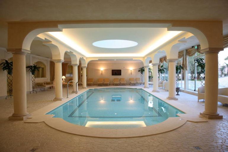 Aqua parc al grand hotel fasano sul lago di garda for Acqua aveda salon
