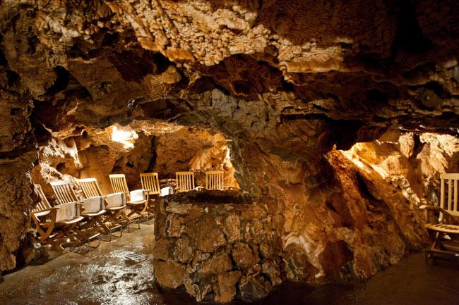 http://www.cipriamagazine.it/wp-content/uploads/2014/11/Grotta-Giusti_-THE-THERMAL-GROTTA-10.jpg