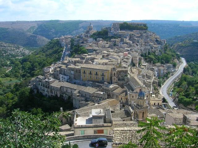 Panoramiche: Ragusa Ibla Foto di Gianni Gurrieri