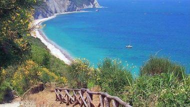 spiaggia-di-mezzavalle