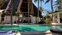 villa-cesy_piscina