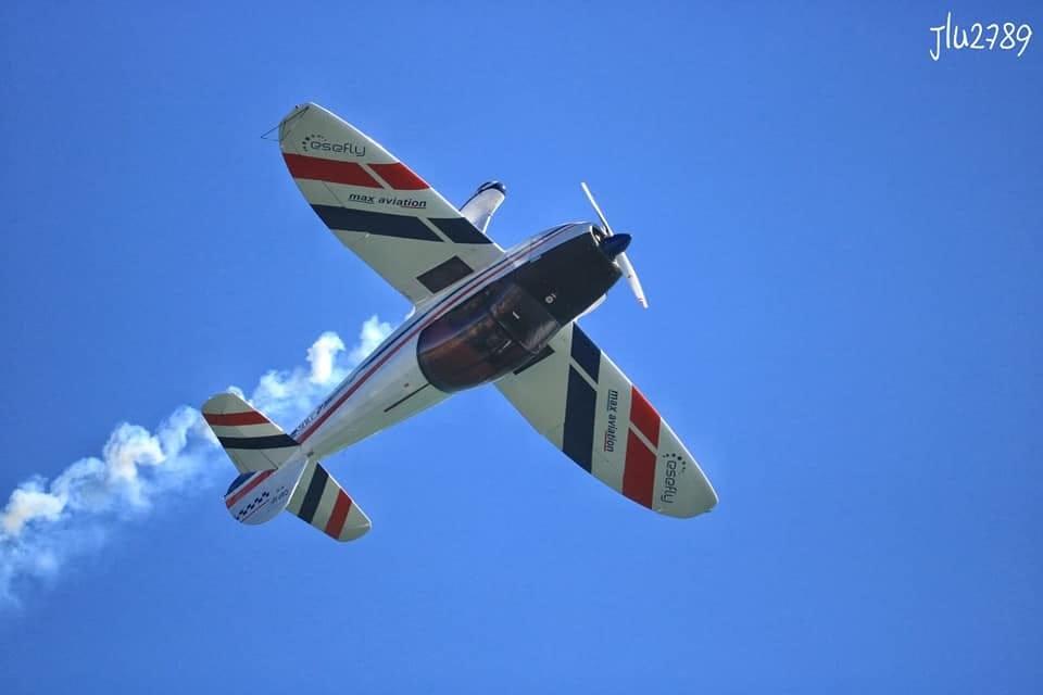 cap-10-aereo-acrobatico