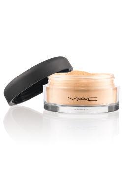 Mineralize Foundation Light Plus di MAC, euro 34,50